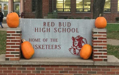 RBHS Gets Into the Holiday Spirit