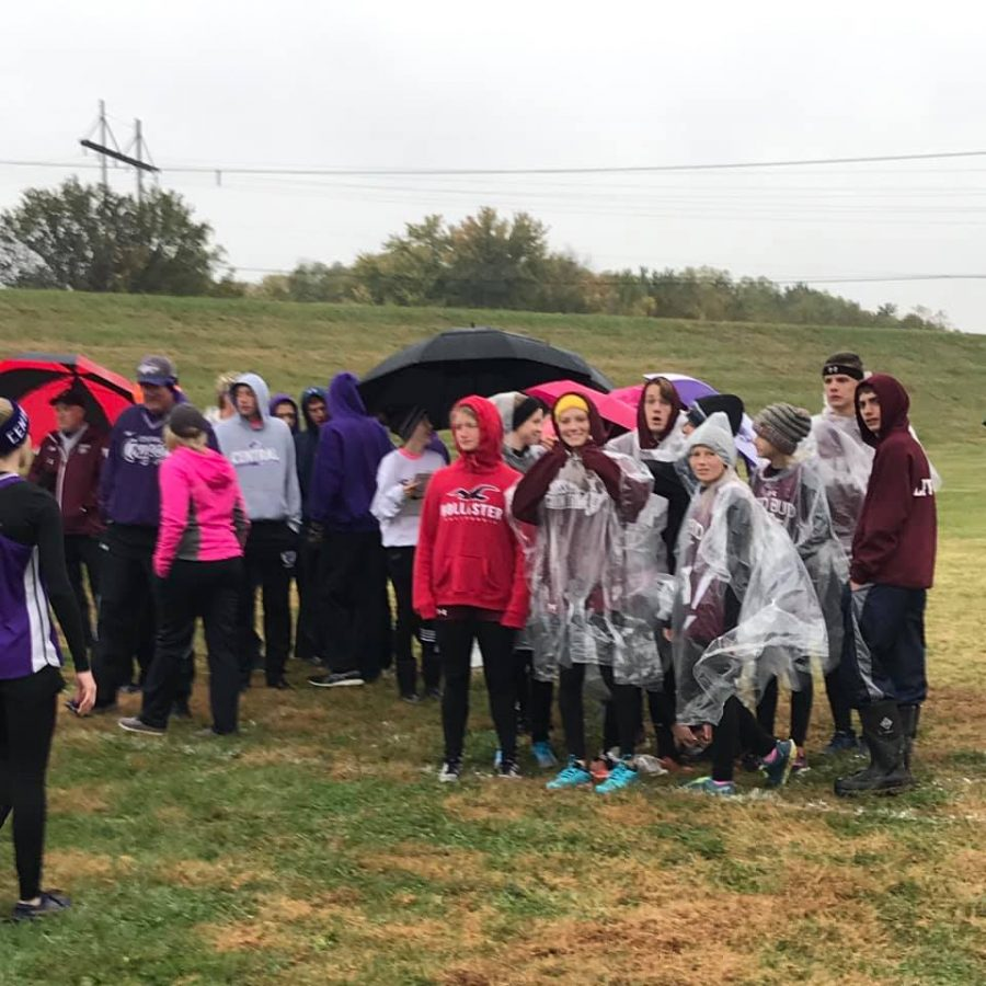 Cross Country Does Well in The Rain